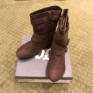 Other - Girl's Brown Boots